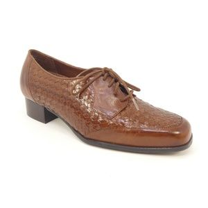 Drew Lizzy Woven Leather Orthopedic Pump Shoes